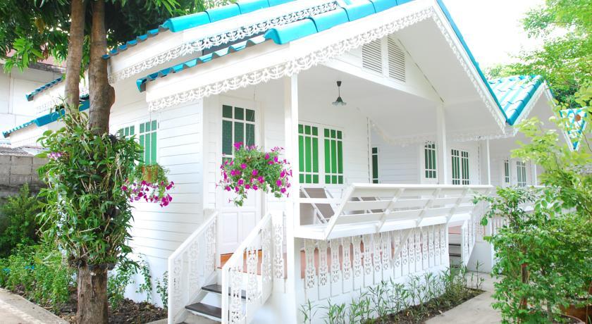 ayutthaya thailand with kids hotel family travel