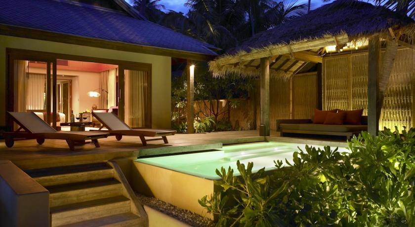 thailand koh phangan family travel kids luxury villa swiming pool hotel resort
