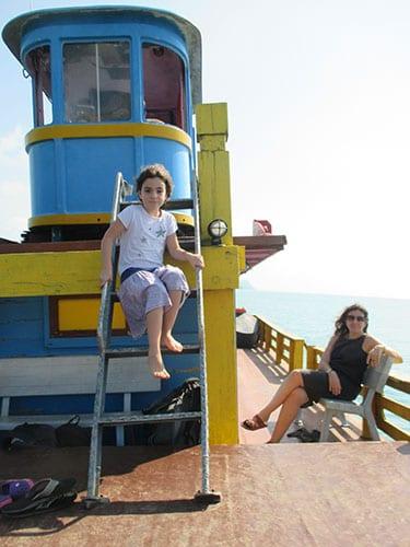 transports en Thailande - thailande en famille - koh samui - aventure en thailande - bateau de pêche - couleur thailande