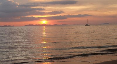 plage koh jum-thailande-coucher de soleil-mer