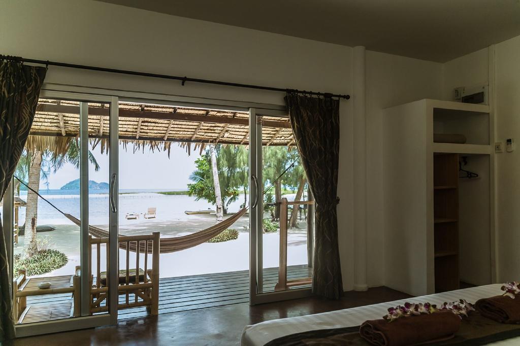 hotel PAS CHER KOH phangan -thailande pas cher avec des enfants