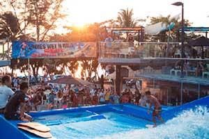 activité phuket - surf thailande - phuket famille